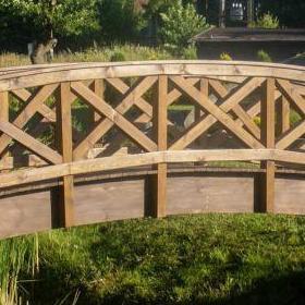 Drewniany mostek